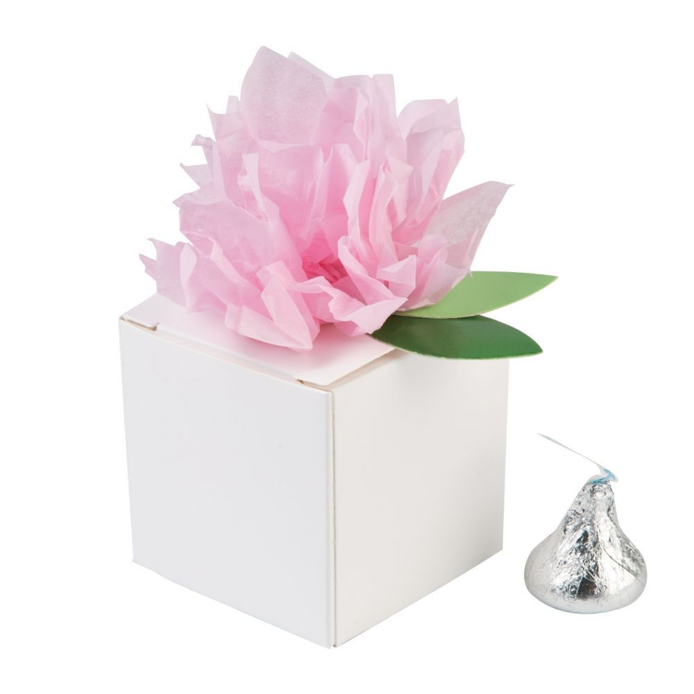 White Favor Boxes with Pink Tissue Flower | Tissue flowers and Products
