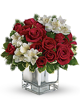 Teleflora S Christmas Blush Bouquet Flower Arrangement