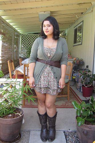 plus size outfit idea: cowboy boots & floral dress   # PLUS ...