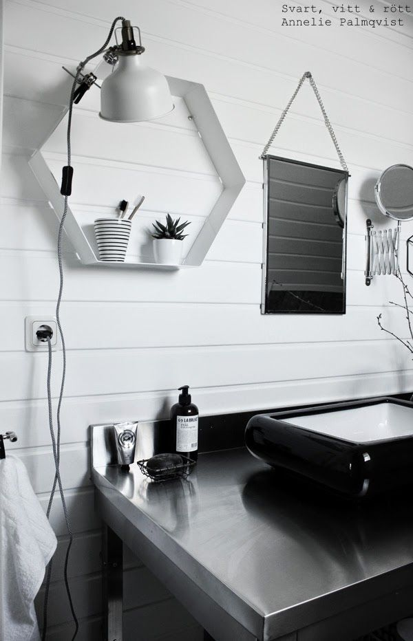 industriellt badrum, industristil, industri inredning, rostfri badrumsmöbel, restaurangkök