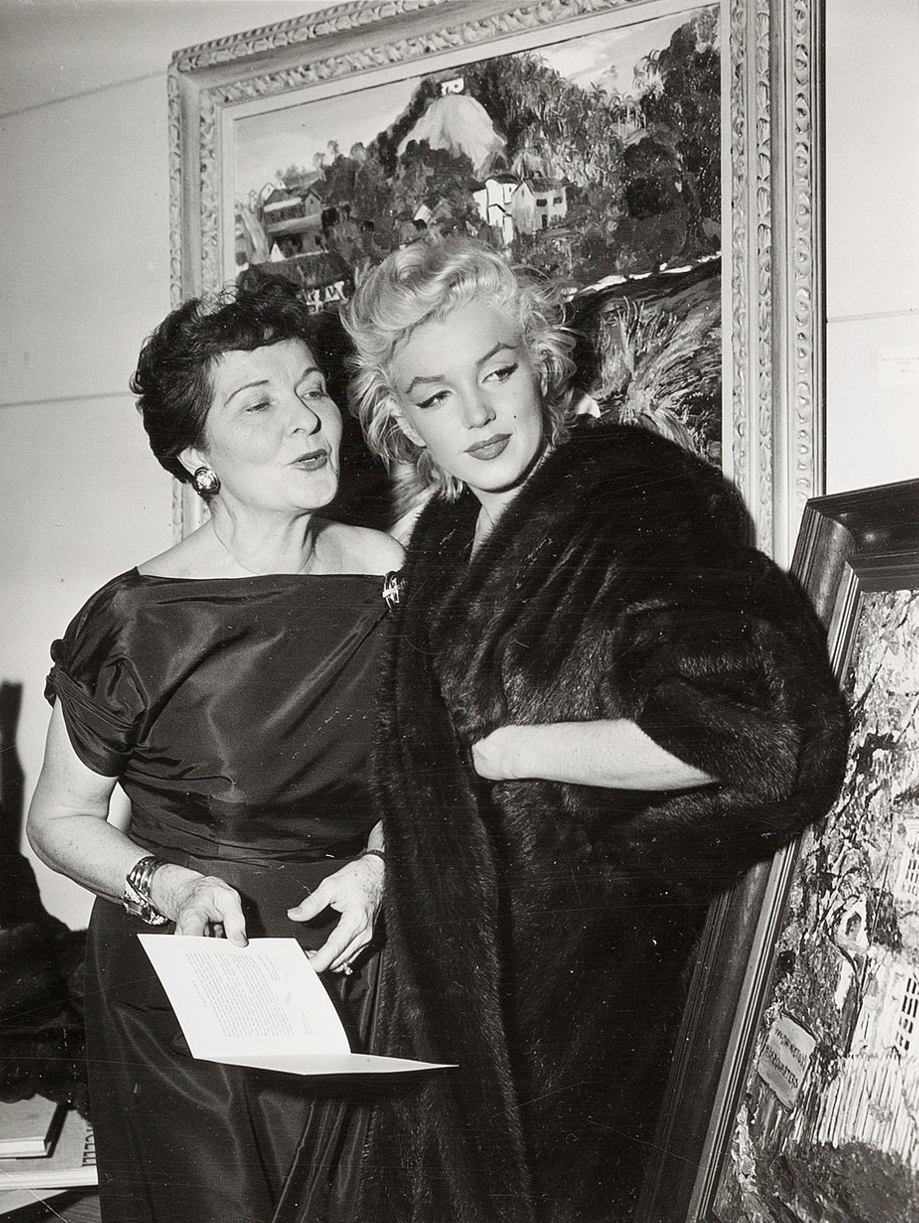 good texture 100% quality classic shoes Marilyn with Gladys Lloyd, wife of Edward G. Robinson, at an ...