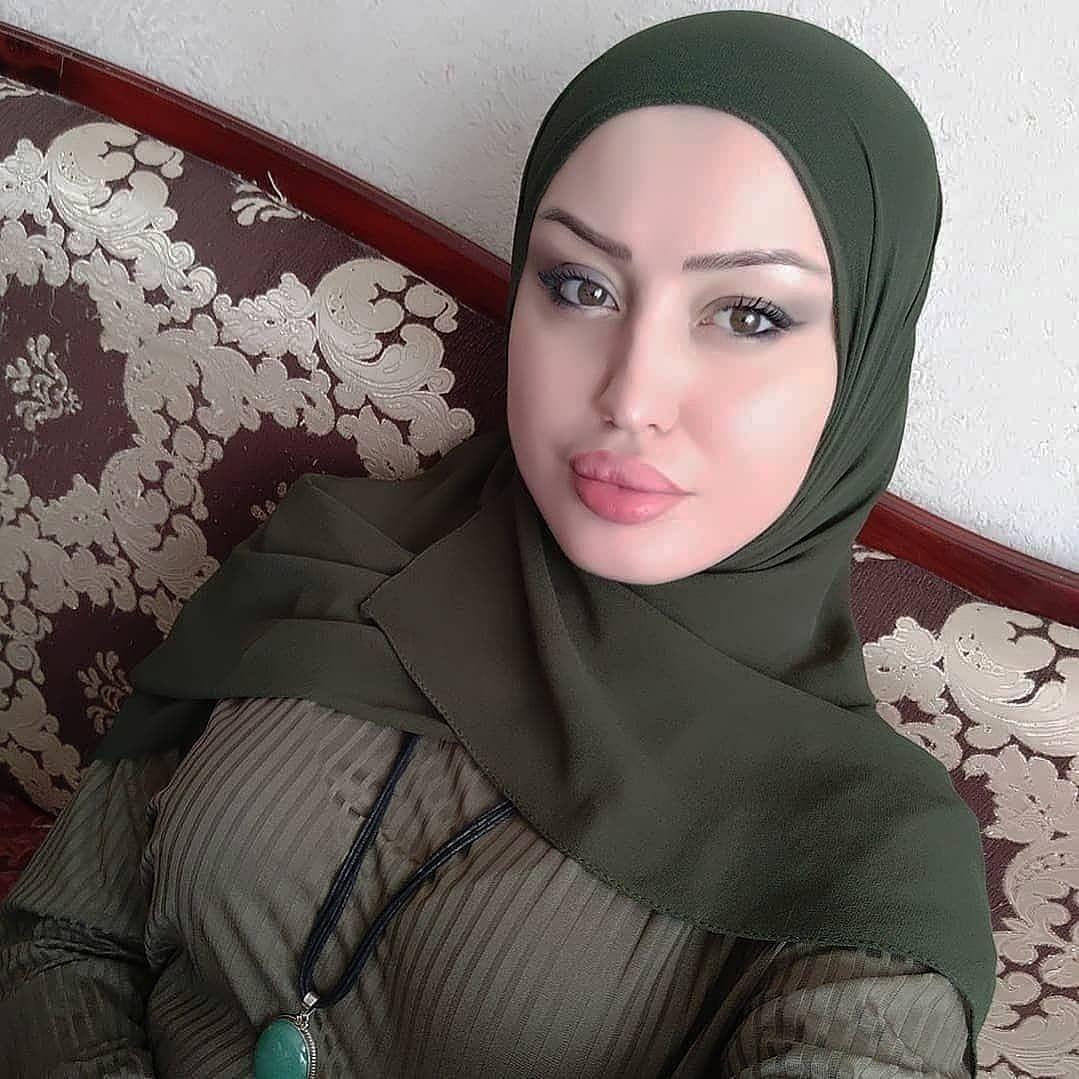 Sexy tumblr hijab Celebrities in