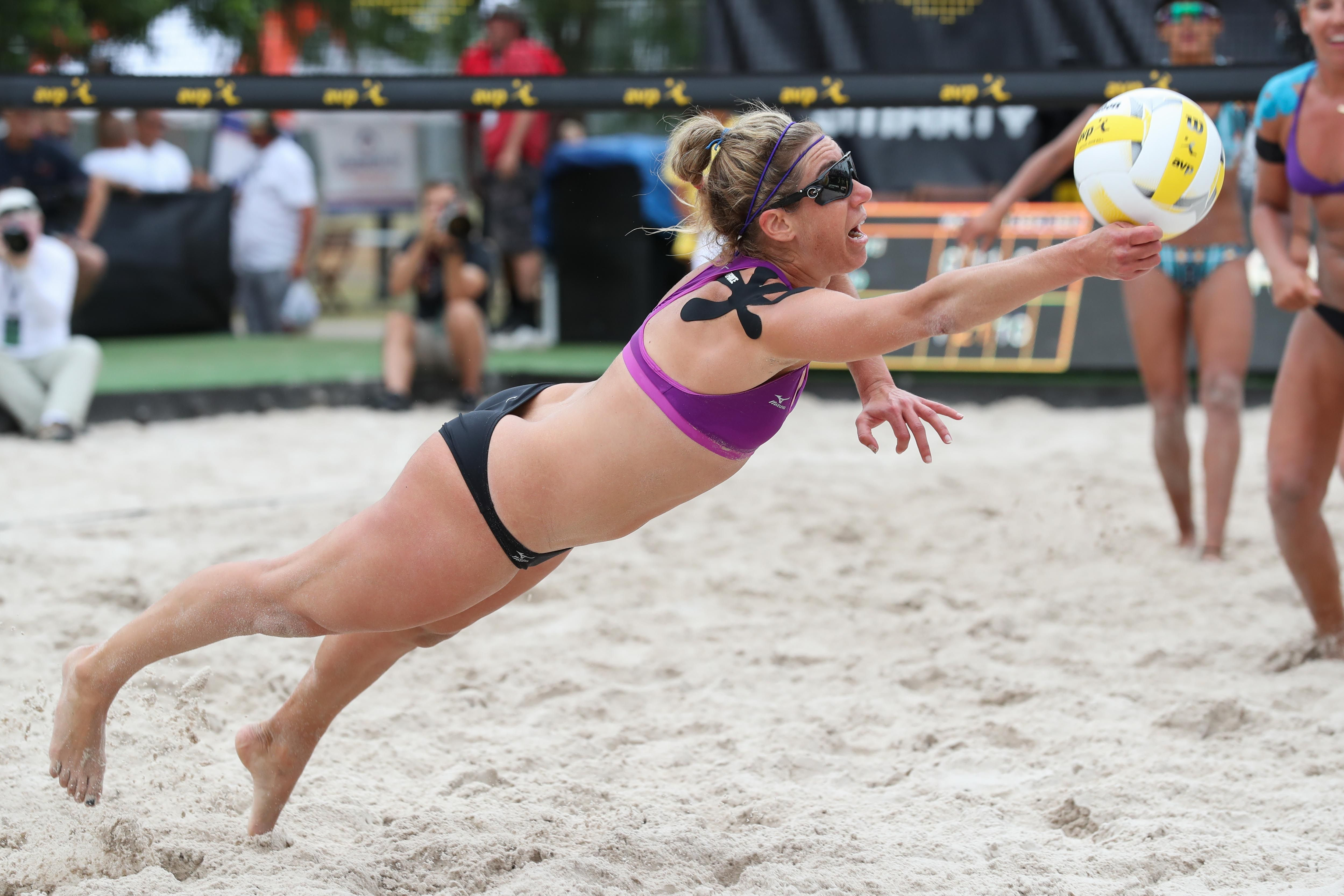 Avp Austin Open 2017 Photo Gallery Avp Beach Volleyball Female Volleyball Players Beach Volleyball Women Volleyball