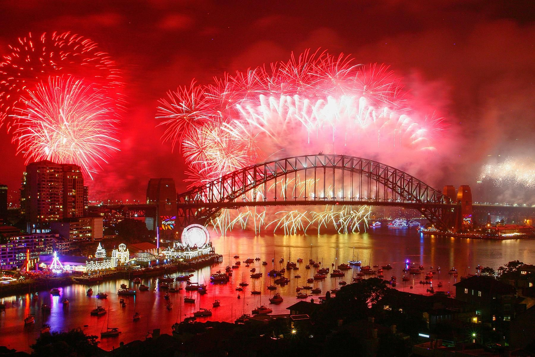 The World S 10 Best New Year S Eve Firework Shows Sydney City New Years Eve Fireworks Tourism
