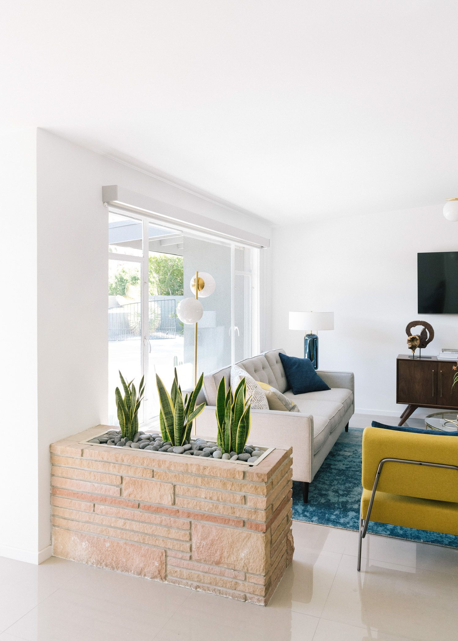 Living The Modern Life In Palm Springs Front Main Spring Living Room Palm Springs Interior Design Palm Springs Decor #palm #springs #living #room