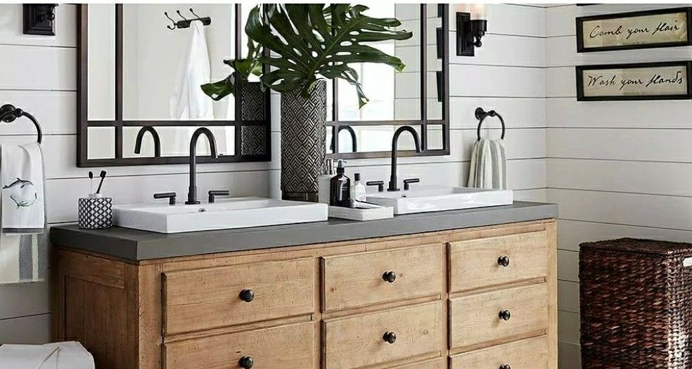 Pin By Ashley Wallace On Houzz Craftsman Bathroom Bathroom Vanity Tops Double Vanity Bathroom