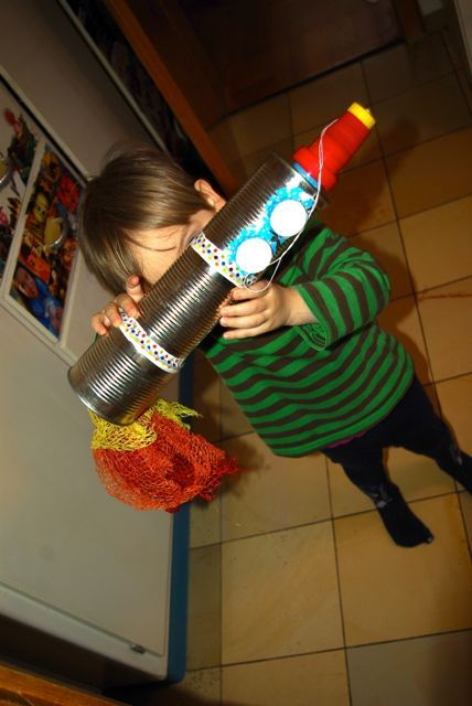 Rakete aus Konservendosen / Rocket made of tin cans / Upcycling