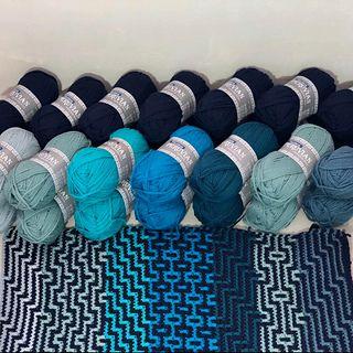 Modèle CAL Afghan Havana par Tinna Thórudóttir Thorvaldsdóttir   – Knitted and crocheted