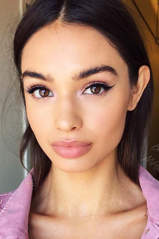 7 French Makeup Tips To Look Parisian Pretty French Makeup Tips To Look Parisian Pretty See More Http Glam French Makeup Makeup Tips Wedding Makeup Tips