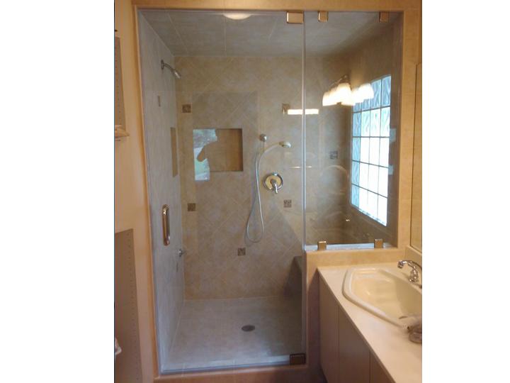 Compact Bathroom W/ Steam Shower