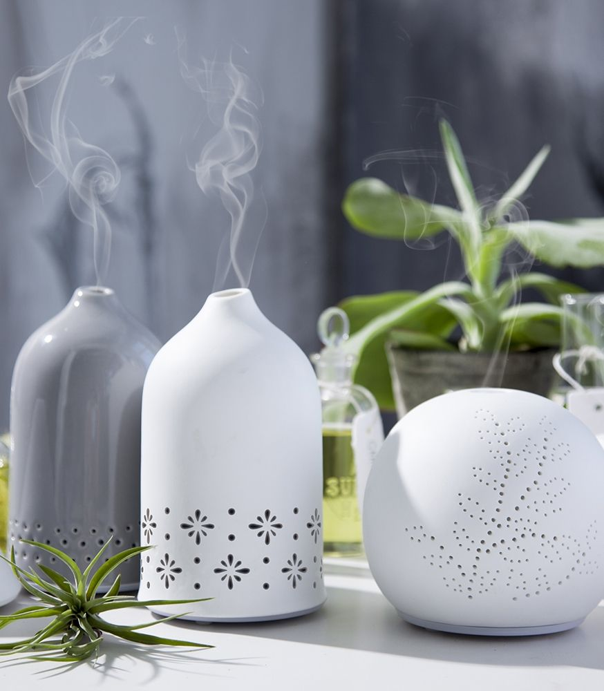 Escents Ceramic Aroma Diffusers Make A Beautiful Addition To Any Space Scent Purify And Deodorize The Air You Breathe 香道 アロマ 球体