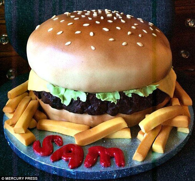 Amazing Former Make Up Artist Creates Pub Food Themed Cakes Burger Cake Funny Birthday Cards Online Aeocydamsfinfo