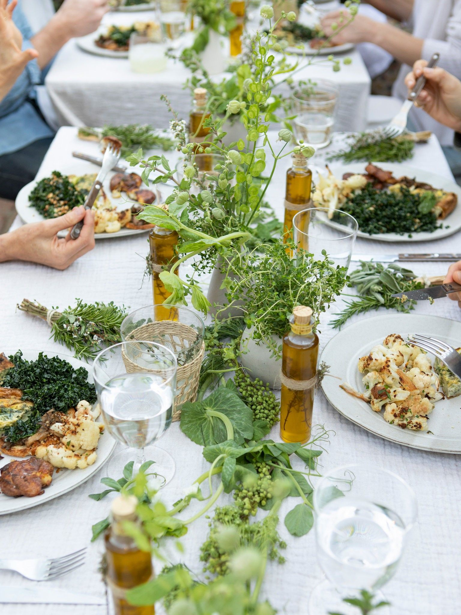 How to Throw a Casual, but Considered, Dinner Party at ...