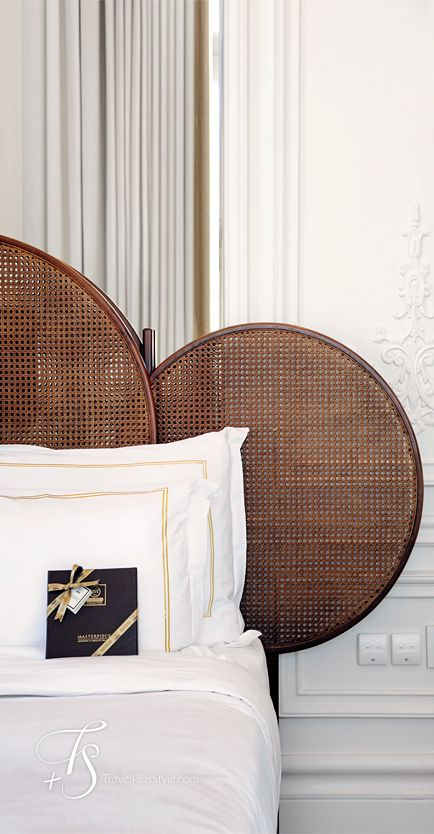 Read at home decor hotel room for Hotel home decor