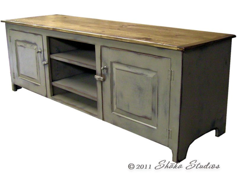 Superbe Girtz 72 Inch Painted TV Stand