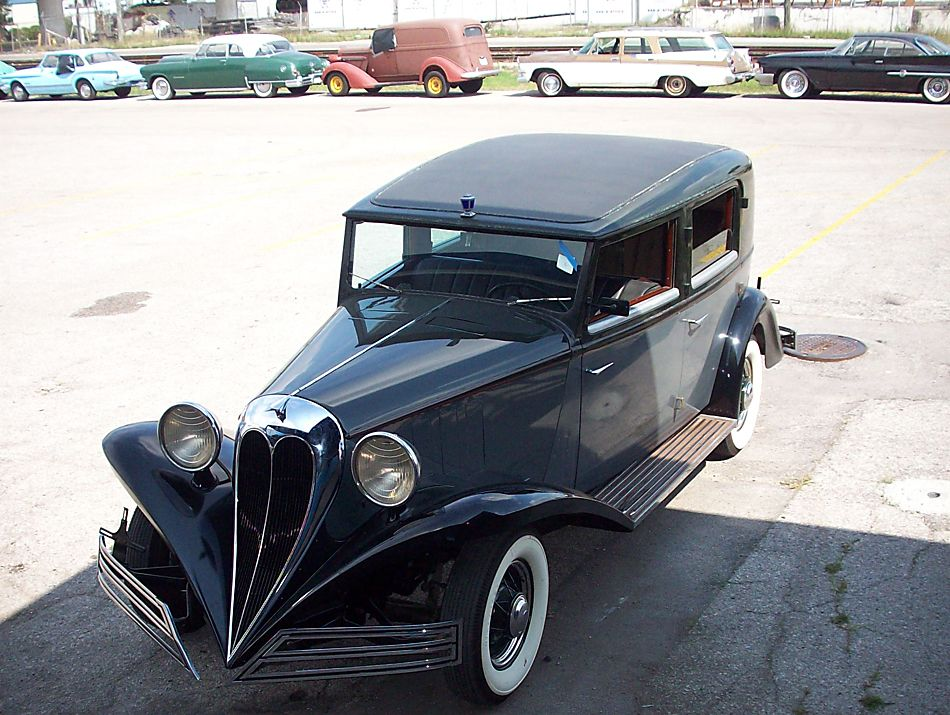 Old Car Heaven preps for auction | Heavens, Rolling car and ...