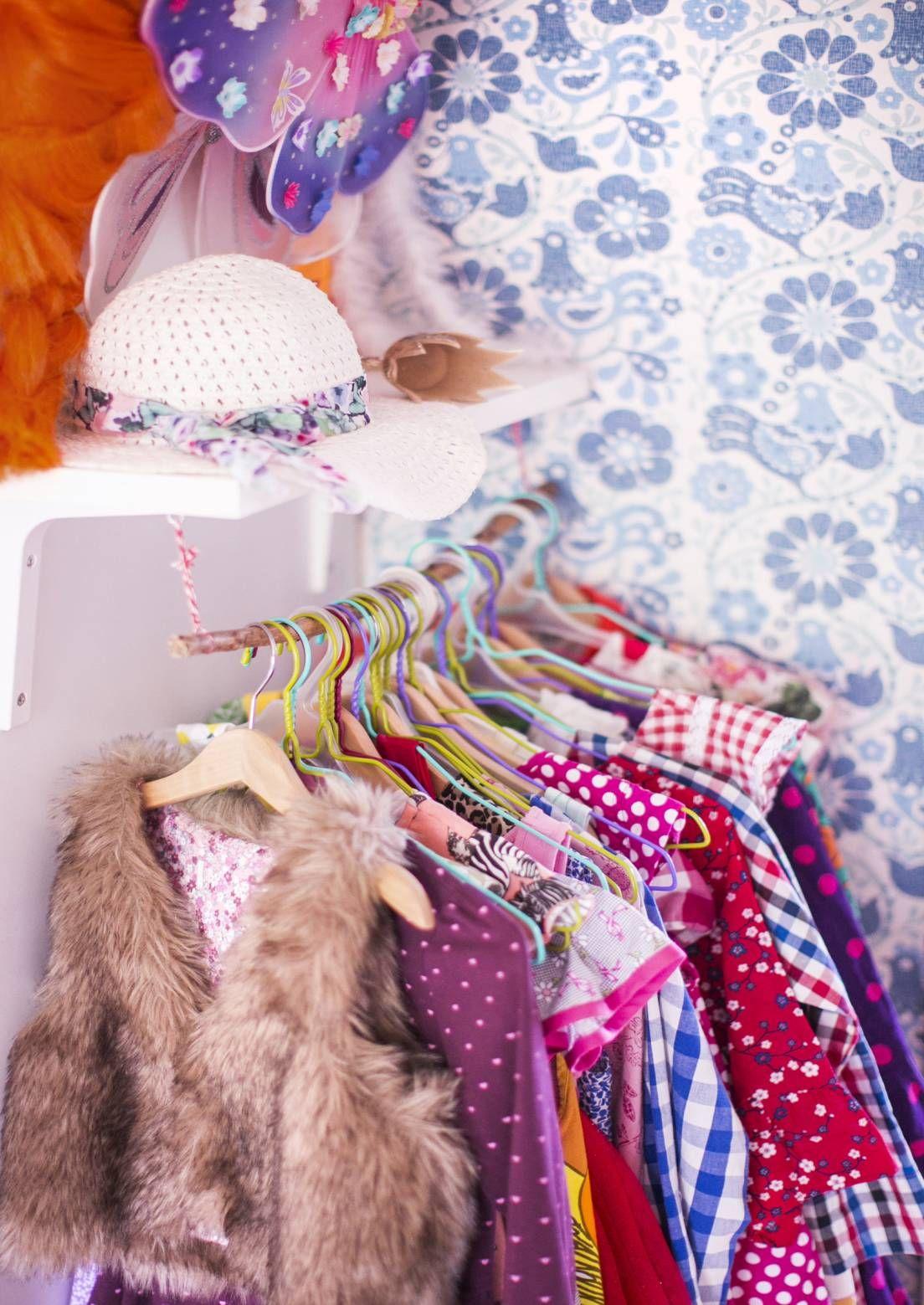 10 ideaa vaatteiden säilytykseen. 10 ideas to store clothes.   Meillä kotona / Unelmien Talo&Koti Kuva: Satu Nyström Toimittaja: Anette Nässling