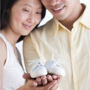 How to Throw a Baby Shower for Men and Women | eHow