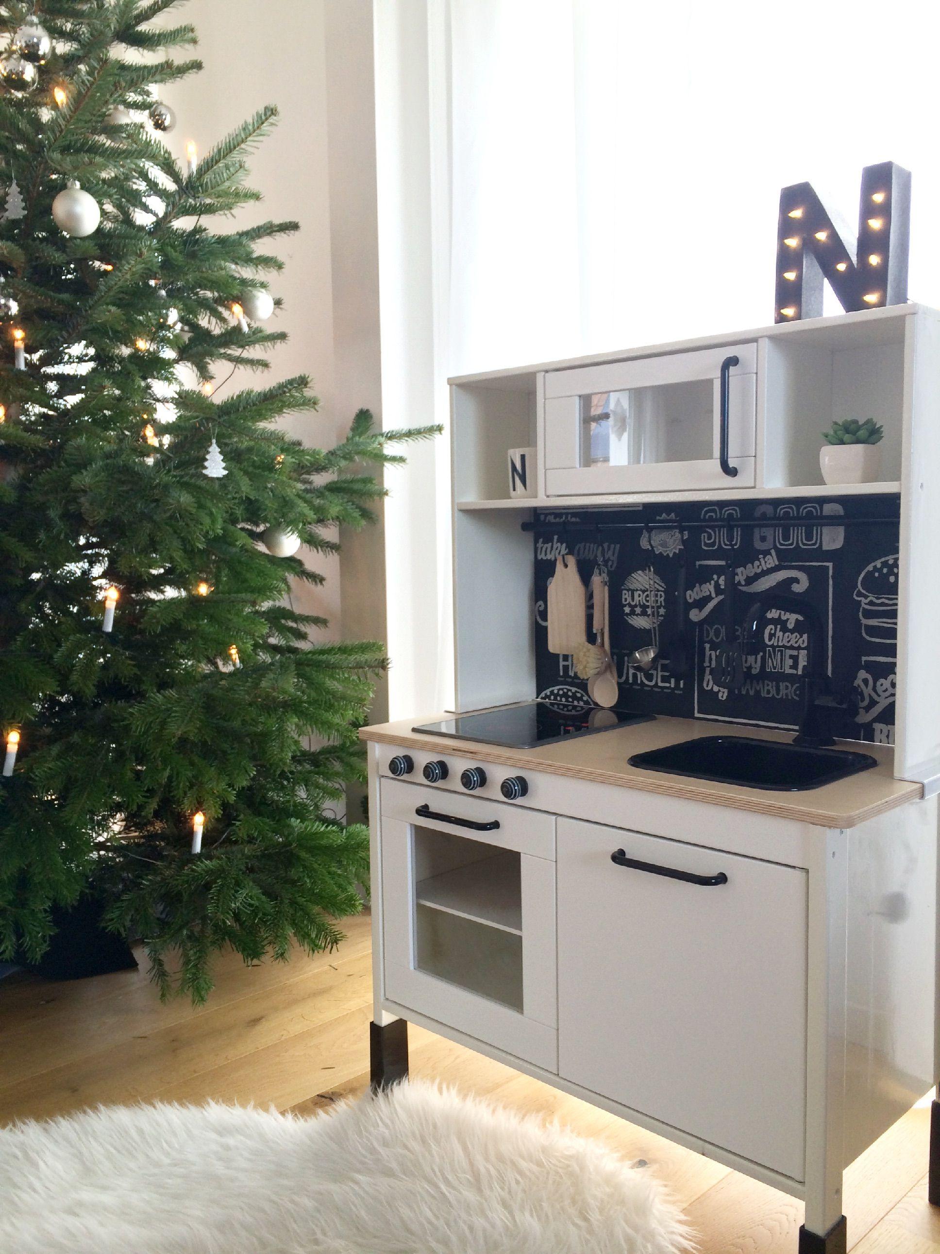 Den duktig hack bringt 39 s christkind in 2019 playroom cuisine ikea cuisinette ikea ikea enfants - Cuisinette ikea ...
