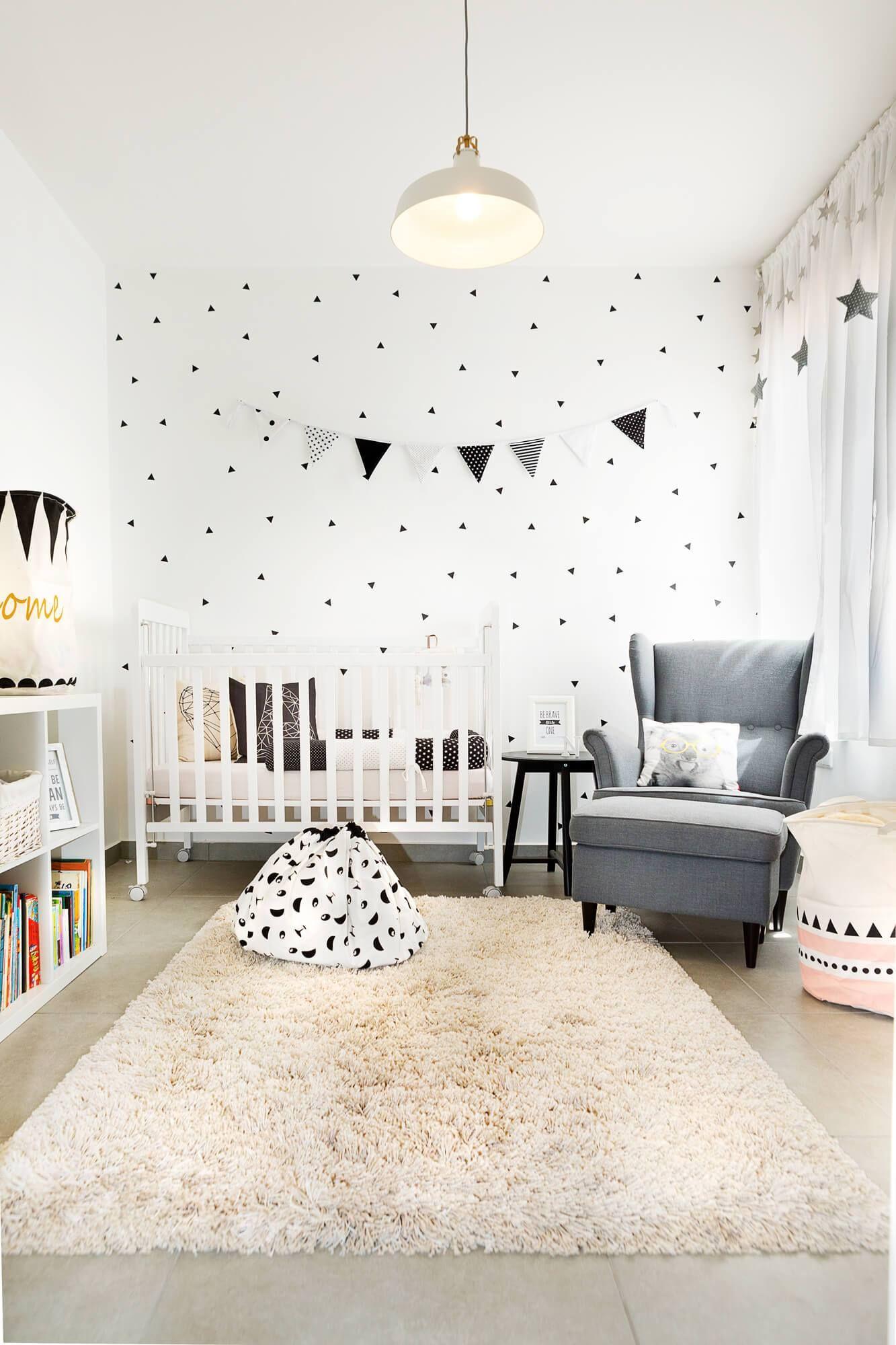 Apartamento Contempor Neo Em Israel Por Dana Shaked Tapete  ~ Poltrona Para Quarto Infantil E Decoração Simples Quarto