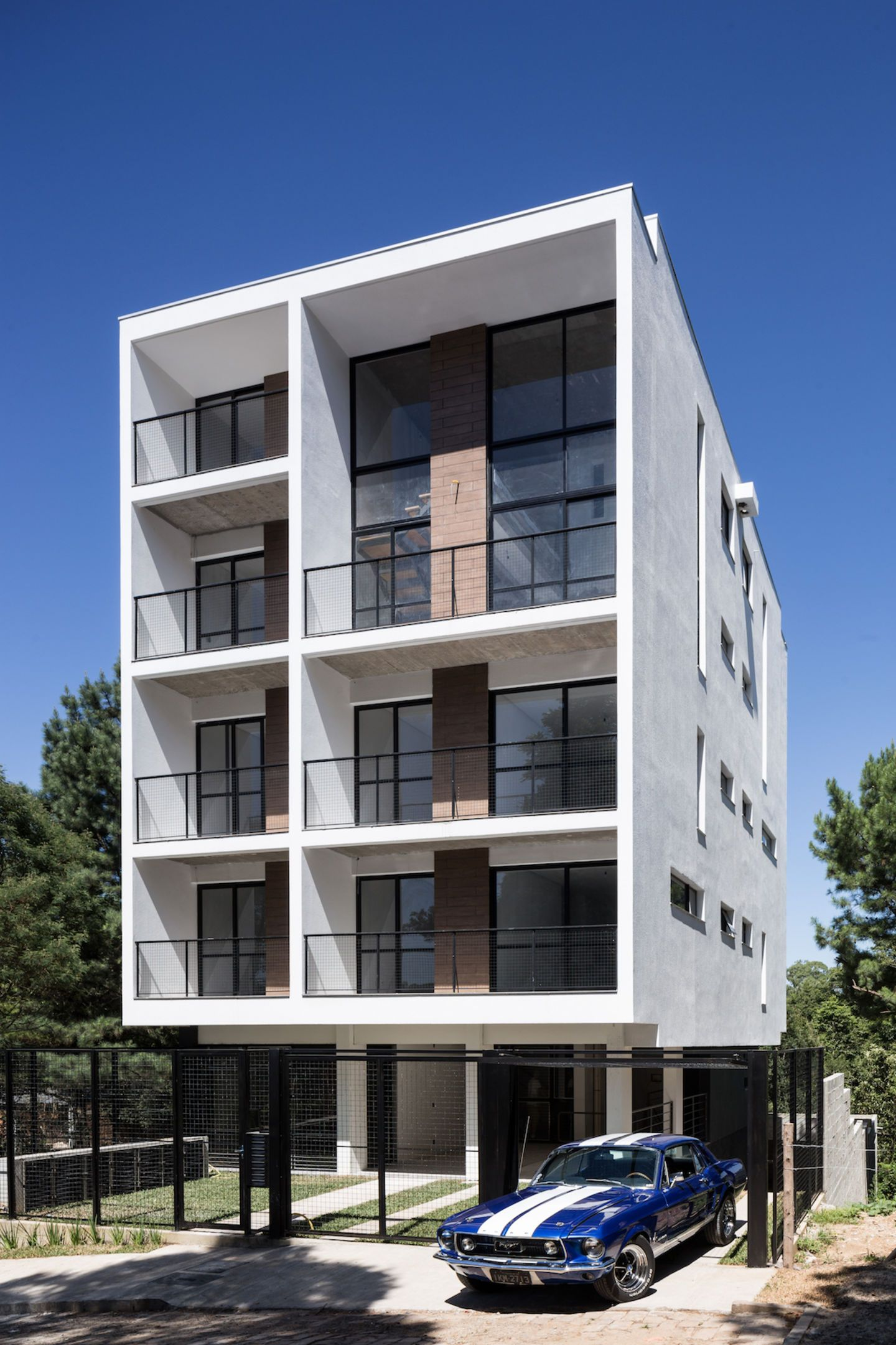 Quattro A Small Apartment Building Marked By Simple Lines And