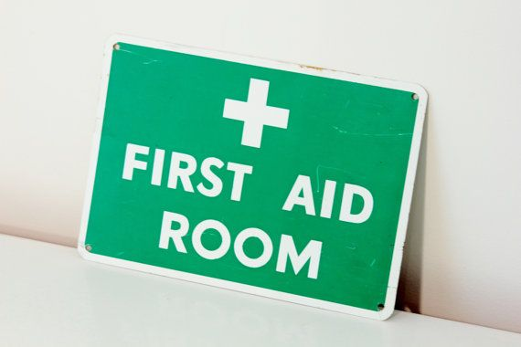 Vintage First Aid Sign Green And White By Foundundertheeaves 25 00 Metal Signs Vintage Collection Vintage