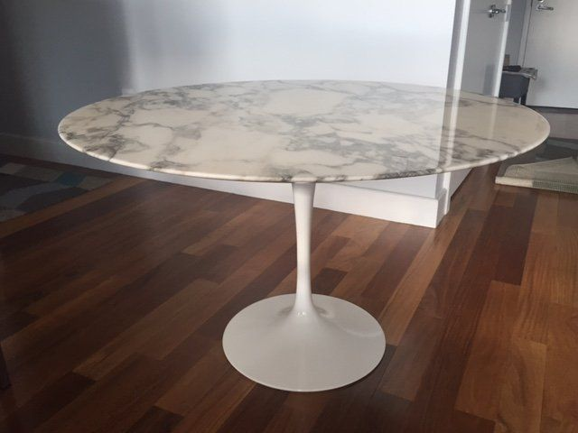 Authentic Saarinen Dining Table Marble Top Knoll Saarinen