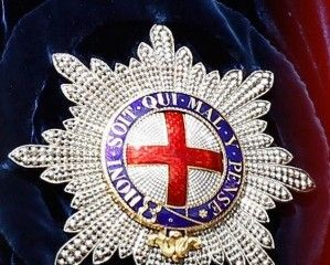The Garter Star On The Queen S Mantle Order Of The Garter Royal Family Jewels British Crown Jewels