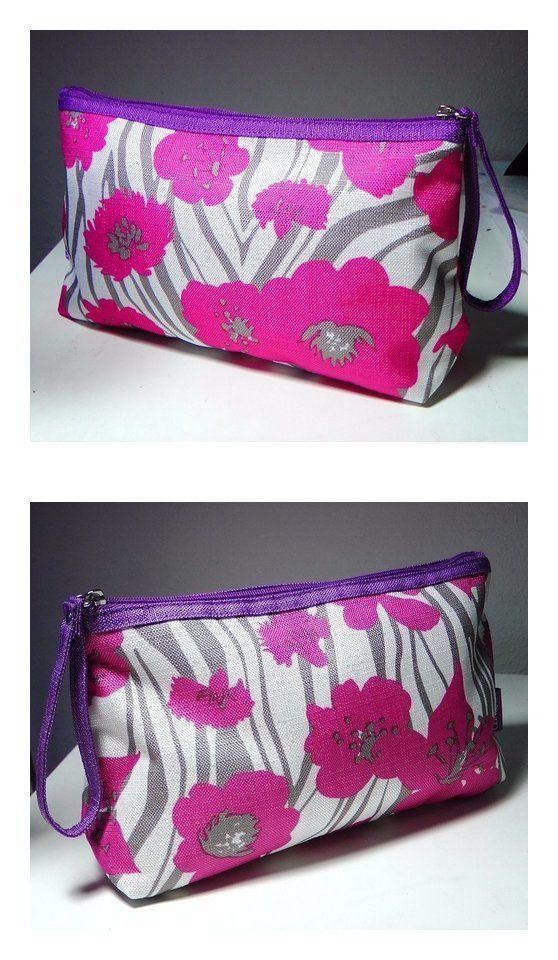 Clinique Flower Print Cosmetic Makeup Bag beauty