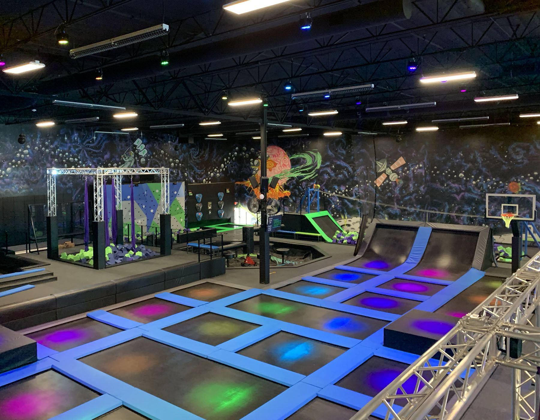 Elevate Trampoline Park Is Now Open In The Queen Creek Area In 2020 Trampoline Park Trampoline Queen Creek