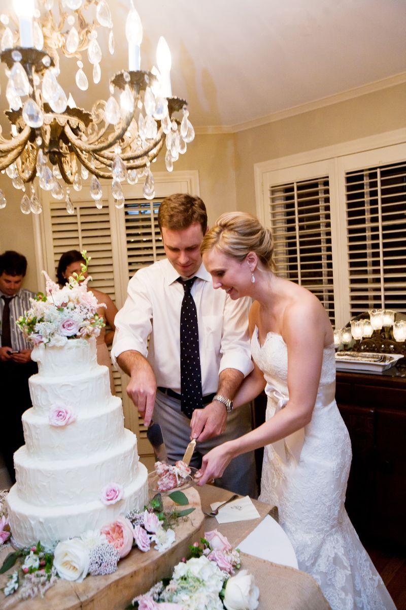 Wedding cake table decoration ideas  Like the cake table decorations  A Beautiful Wedding  Pinterest