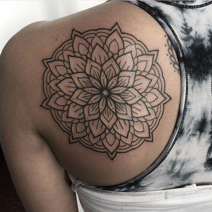 Mandala Tattoo By Manny Themachete From 27tattoostudio 20170716