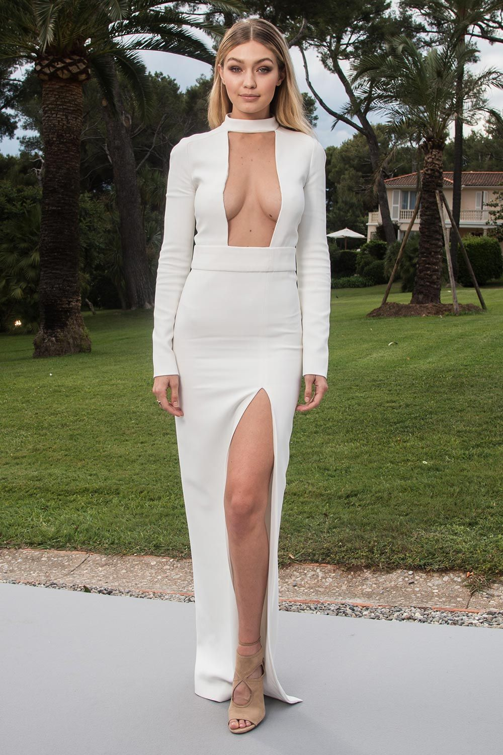 Gigi Hadid in Tom Ford - amfAR Gala at Cannes Film Festival 2015  c2bc52d40fb0