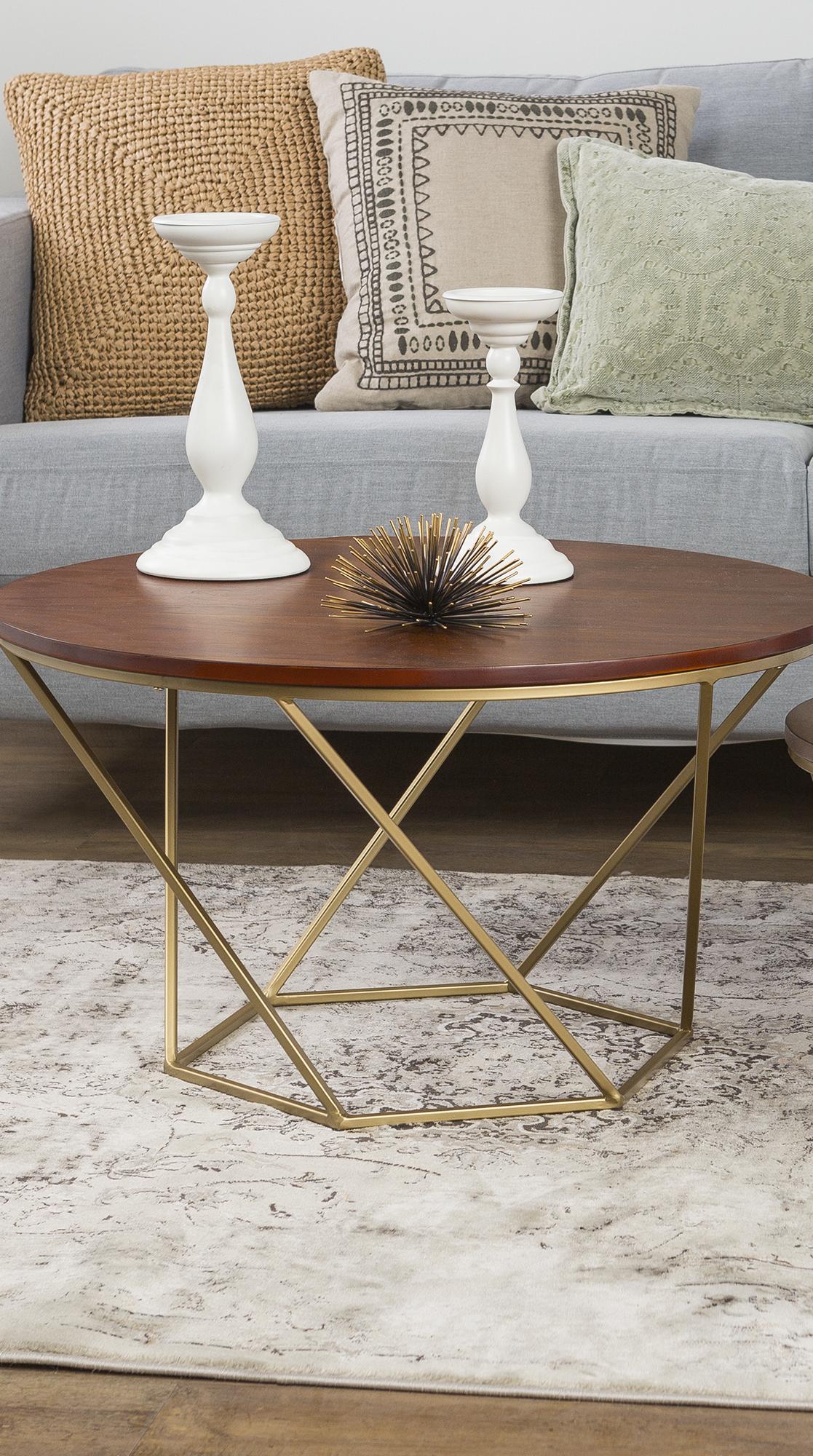Geometrisches Design Fürs Wohnzimmer   Couchtisch Set Mit Metallgestell Und  Nussbaumfurnier