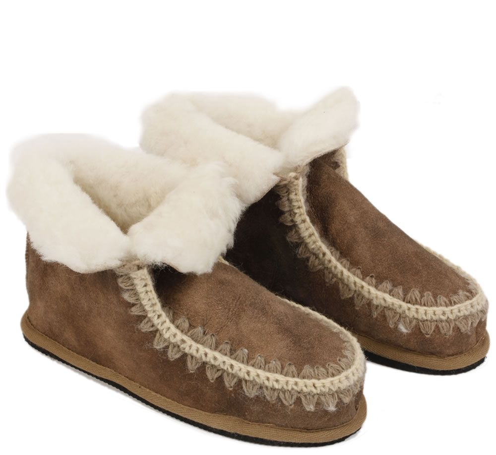 womens ugg slipper boots