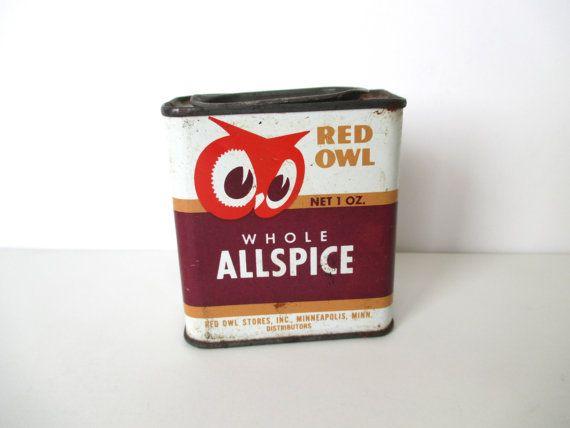 Vintage OWL Tin Red Pepper Metal Spice Dispenser di NeatoKeen, $5.00