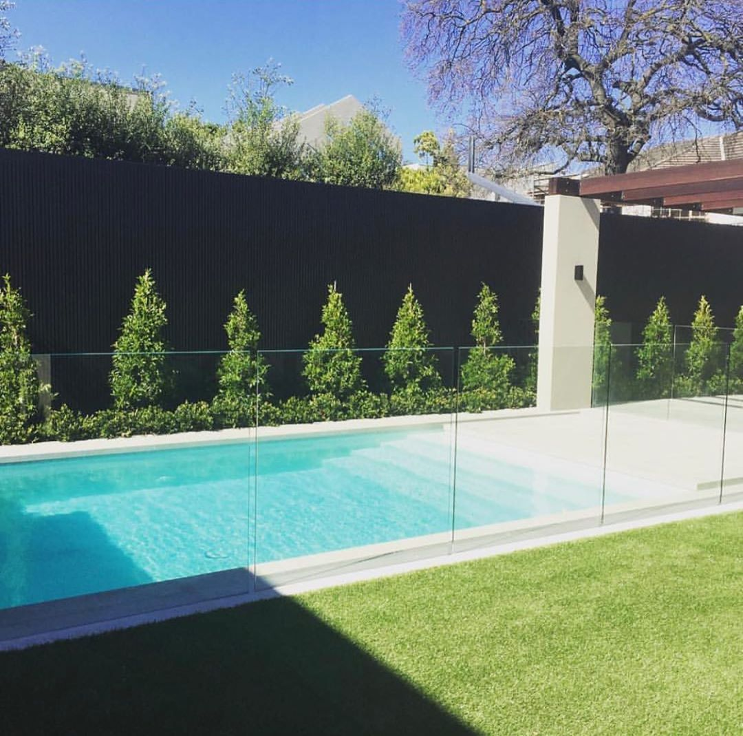 Jack Merlo On Instagram A Light Coloured Pool Interior Blends Seamlessly With The Grey Limestone Paving Wendyhol Pool Pavers Pool Paving Glass Pool Fencing