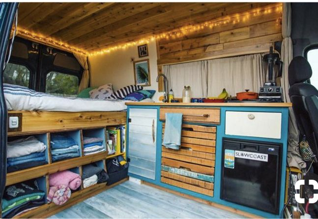 Awesome CamperVan Layout And Decor