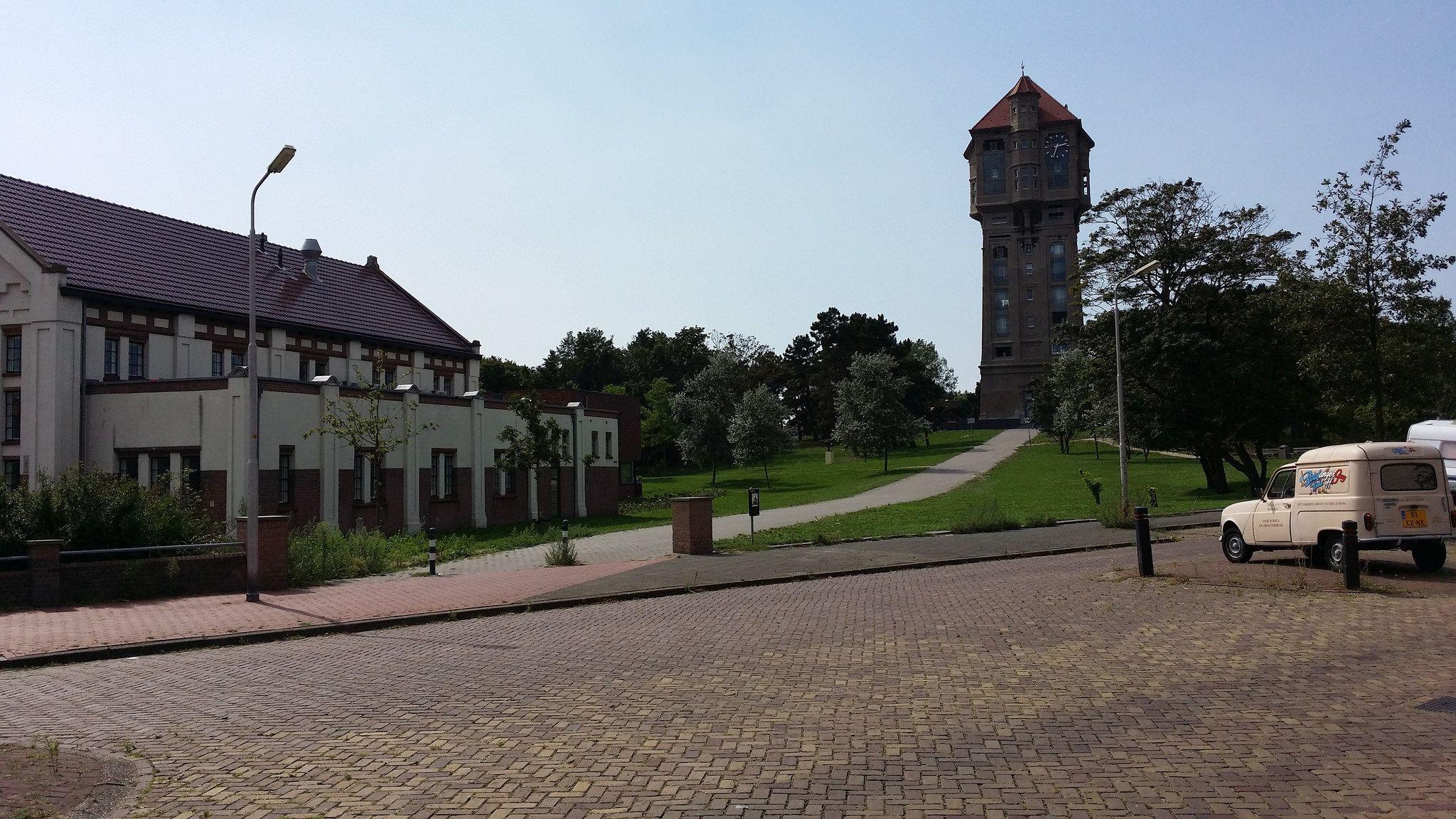 https://flic.kr/p/wHLhsQ | Watertoren IJmuiden