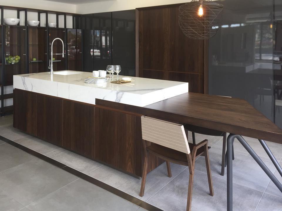 Cocinas elegantes en madera y porcelánico XLIGHT Premium El diseño - cocinas elegantes