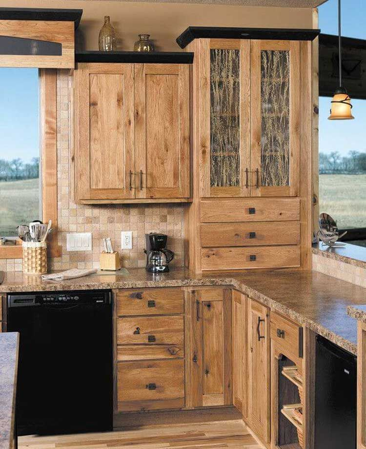 65 Best Rustic Kitchen Cabinet Ideas 2020 Designs Farmhouse Kitchen Remodel Rustic Kitchen Cabinets Hickory Kitchen Cabinets