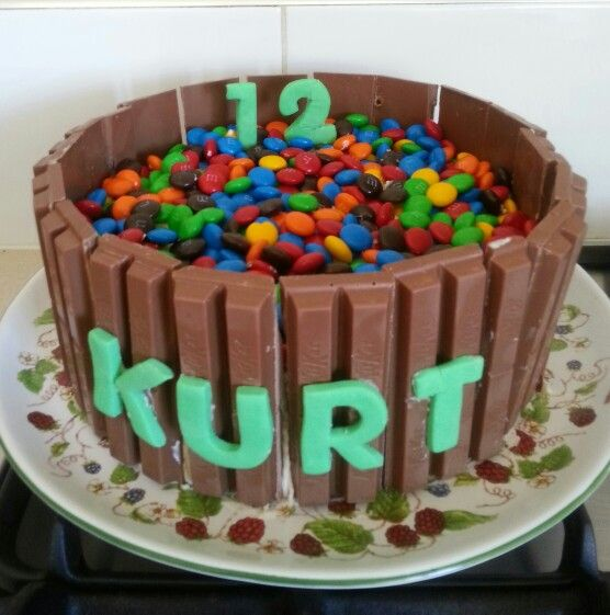 Kurts 12th Birthday Cake Very Basic As I Had A Fructured Right