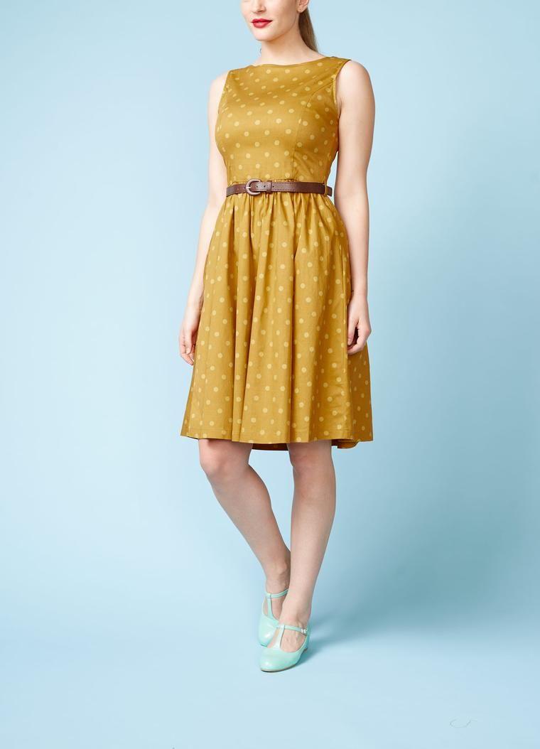 e8e083d166d9 Lindy Bop  Karrygul kjole med swingskørt og bælte