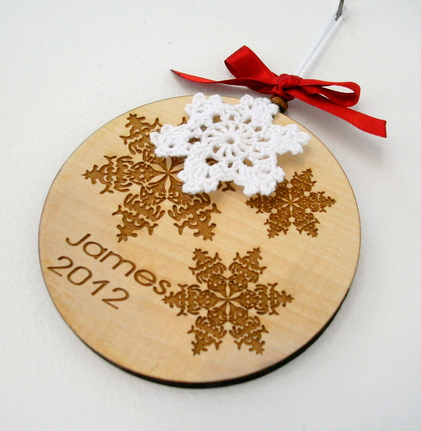 Personalized Christmas Ornament, Wooden Laser Engraved Decoration, Custom  Wood Snowflakes Ornament