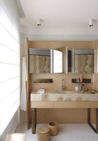 Appartement Paris 7 Invalides au style Art déco | Salle de bain zen ...