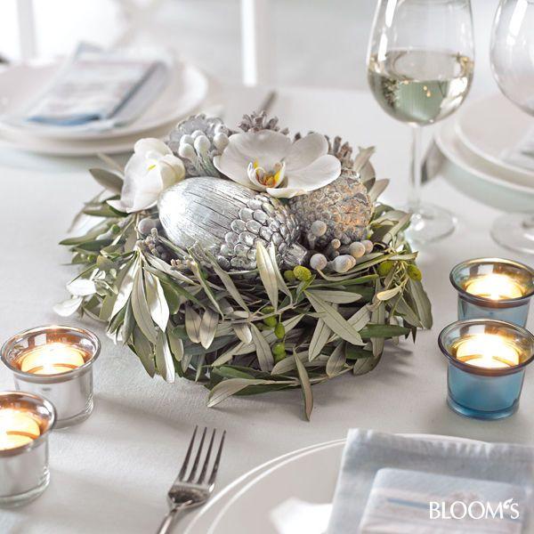tischdeko weihnachten blumenschmuck f r die festtafel winter pinterest. Black Bedroom Furniture Sets. Home Design Ideas