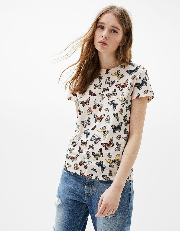 208ff7f23c55d Camiseta algodón estampado all over - Camisetas - Bershka España