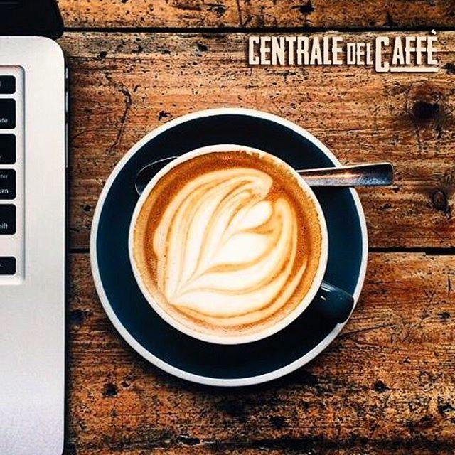 Buongiorno si inizia il lavoro con un dolce cappuccino #centraledelcaffe #ilgustopiuintenso #solodanoi #pubblicita #creativita' #Italy #work #i #istacoofee #caffe' #Europe #arabica #puro #instagood #like #lovemy #love #prendilocongliamci #quality  #like4like #goodmorning #gusto #bonta #napoli #World #food #solopernumeri1 #cooffeporn #bondia #moment #