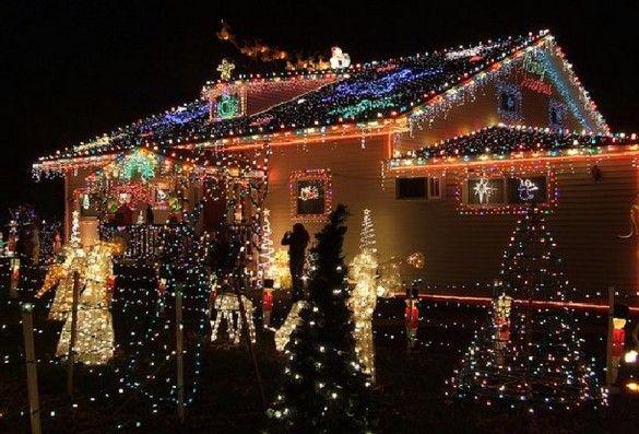 Luxury Outdoor Christmas Light Decorating Ideas ** A CHRISTMAS