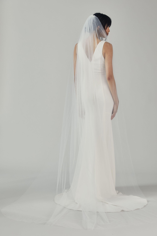 H515 Cathedral Length Veil Long Veils Bridal Wedding Veil Styles Long Veil Wedding [ 3000 x 2000 Pixel ]